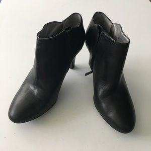 "Banana republic leather 3"" Heeled ankle boots"